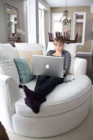 Comfortable Reading Chair For Bedroom Best 25 Big Comfy Chair Ideas On Pinterest Big Chair Comfy