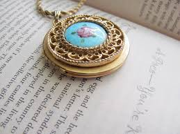vintage locket pendant necklace images Gold vintage locket necklace with blue and pink flower pen flickr jpg