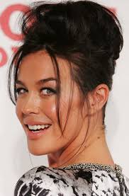chicanos hairstyles megan gale long hairstyle pompadour for raven hair pretty designs