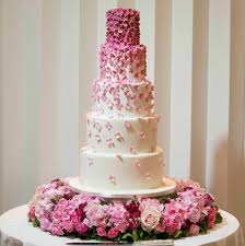 Wedding Cakes Size And Price Wedding Cakes London