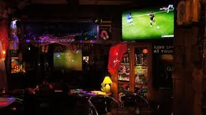 watch hd music or sports on 3 large modern flat screens or 3 hd