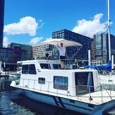 Airbnb Houseboat by Jersey City Houseboat Airbnb Rental
