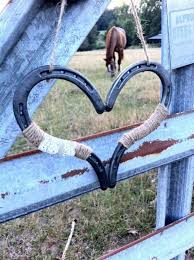 Horseshoe Decoration Ideas Rustic Chic Wedding Heart Horseshoe Decoration Horseshoe Heart
