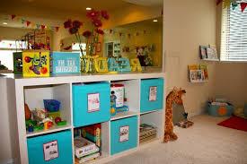 meuble de rangement pour chambre bébé rangement salle de jeux enfant 50 idées astucieuses rangement