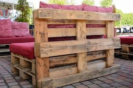 Outdoor Furniture Made From Wood Pallets 33 Diy Pallet Garden And Furniture Ideas