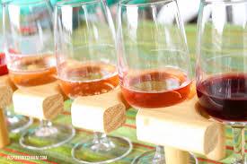 Wapiti Ridge Wine Cellars - day 9 good friends and a glass of wine