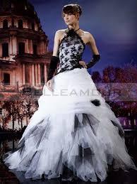 robe mari e originale de mariée originale longue licou dentelle tulle blanche noir a ligne