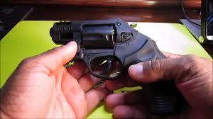 taurus model 85 protector polymer revolver 38 special p 1 75 quot 5r taurus model 85 polymer framed revolver youtube