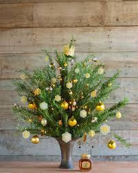 decorate a bees u0027 tree hgtv