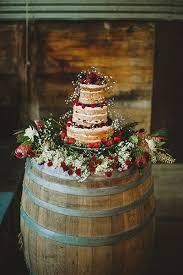 wedding cake display best 25 wedding cake display ideas on nature wedding