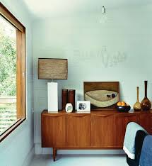 Mid Century Modern Baseboard Trim White Walls Wood Trim And That Lamp Interiors Pinterest