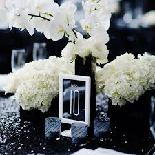 Black Square Vases Inside Weddings Chip U0026 Gigi U0027s Black And White Tented Affair Viva