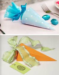 Easy Homemade Easter Table Decorations by Diy Easter Treat Bags Candy Carrot Shaped Paper Gift Kids