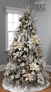 Christmas Decorated Homes Inside by 86 Best Champagne Silver Gold And Shades Of White Christmas