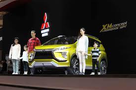 mitsubishi expander giias giias 2016 mitsubishi xm concept diburu pengunjung otomotif magz