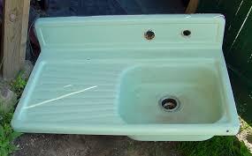 Old Fashioned Kitchen Sink - Retro kitchen sink