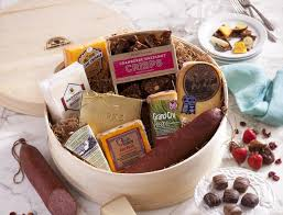 wisconsin cheese gift baskets indulgence gift basket