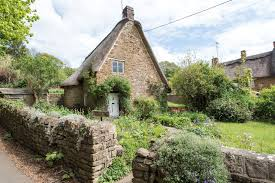 cotswolds cottage 8 dreamy cotswold cottages for sale properties in the cotswolds