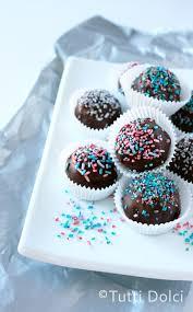 red velvet cake truffles tutti dolci