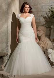 stylish plus size wedding gowns 12 plus size bridal boutiques just