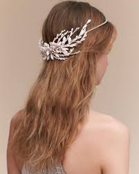 simple bridal hairstyle 9 pretty accessories that u0027ll turn your wedding hairstyle from
