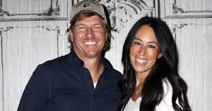 chip and joanna gaines announce that season 5 of u0027fixer upper