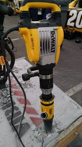 world of concrete 2017 the latest tools from dewalt bosch