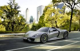 Porsche 918 Limited Edition - the remarkable technology behind the porsche 918 driving