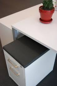 Inscape Office Furniture by Inscape Workstations And Storage With Buzzidesk Screen Eonoffice