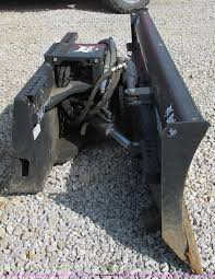 2009 bobcat 80 skid steer dozer blade item f5287 sold o