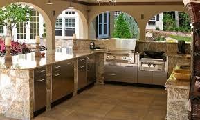deco cuisine classique idee deco bar maison affordable top kitchens best cuisine images