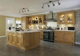 cuisine en bois modele de cuisine en bois trendy ide relooking cuisine modele de