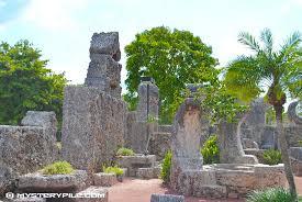 Rock Garden Florida Ed Leedskalnin S Coral Castle Rock Garden