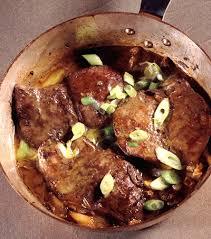 cuisiner du foie de veau foie de veau de grain du québec échalotes fondantes et dentelle