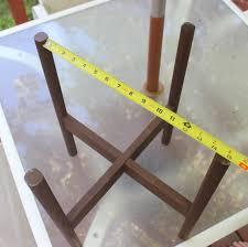 remodelaholic diy wooden planter stand