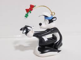 hallmark ornament pepe le pew penelope 1998 qx6507 mib