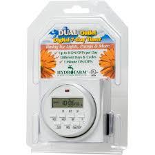 Amazon Com Titan Controls Dual by Amazon Com Autopilot Tm01715d Dual Outlet 7 Day Grounded Digital