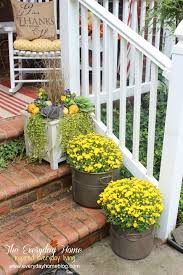 Fall Decorated Porches - 25 bloggers fall decorating ideas outdoor fall decorating