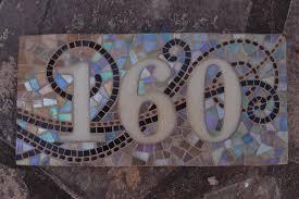 plaque numero rue sur commande plaque de rue ou numéro de maison en mosaique