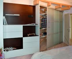 armadio con ante in vetro cabina armadio con ante scorrevoli in vetro satinato bianco latte