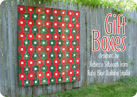 timeless treasures gift boxes quilt tutorial from ruby blue