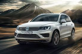 volkswagen touareg 2017 black top spec vw touareg r line plus revealed auto express