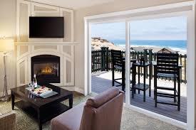 hotel rooms u0026 suites in monterey bay ca sanctuary beach resort