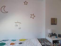 décoration de chambre bébé déco de chambre enfant un univers de planètes pour petit garçon