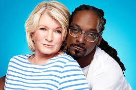 awkward family photos thanksgiving letter martha stewart and snoop dogg are tv u0027s most unlikely duo new