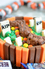 Halloween Chocolate Cake Recipe Kit Kat Halloween Cake