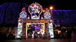 Decoration Of Durga Puja Pandal Rush Outside A Decorated Durga Puja Pandal Youtube