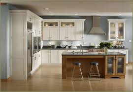 lowes kitchen cabinets white white kraftmaid kitchen cabinets with knobs for small design home