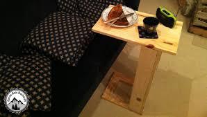 table pour canapé comment fabriquer une table pour canapé projet en palette