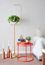 Macrame Home Decor by Diy Macramé Plant Hanger Gold Plant Stand